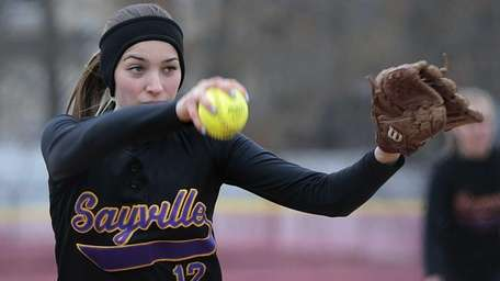 Sayville starting pitcher Leighann Gensch delivers on Tuesday,