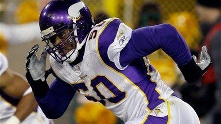 Erin Henderson of the Minnesota Vikings.