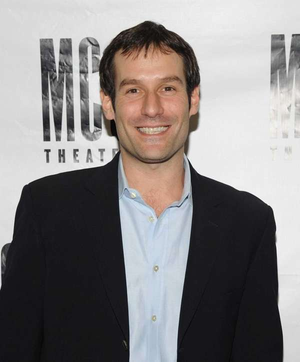 Actor Ian Kahn attends the
