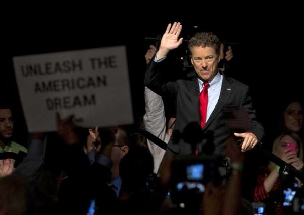 Sen. Rand Paul (R-Ky.) greets the crowd as