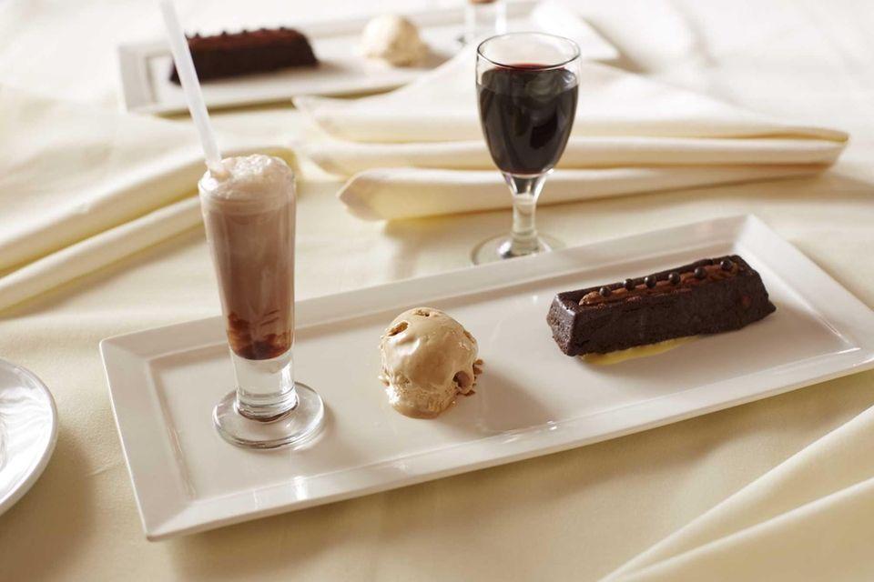 Cafe Testarossa (499 Jericho Tpke., Syosset): Flourless chocolate