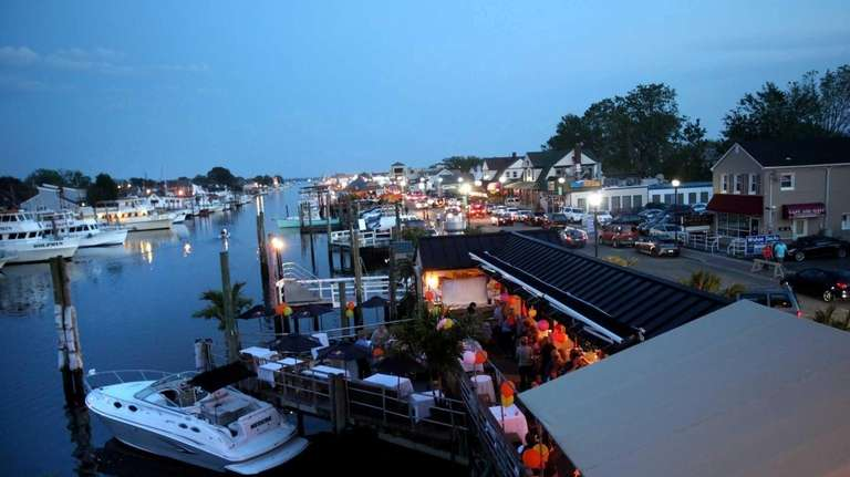 Freeport's Nautical Mile launches its 2015 restaurant week