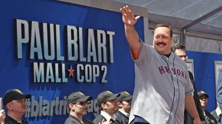 Actor Kevin James waves to the crowd after