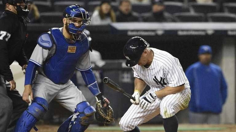 New York Yankees leftfielder Brett Gardner reacts after