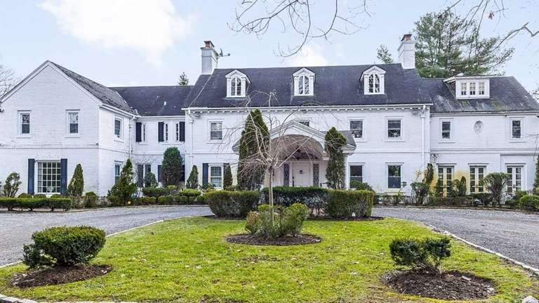 The house has eight bedrooms, eight bathrooms and