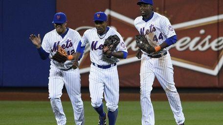 New York Mets centerfielder Juan Lagares, Curtis Granderson