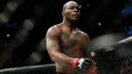 Ovince Saint Preux celebrates defeating Patrick Cummins by