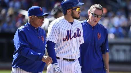 New York Mets manager Terry Collins and a