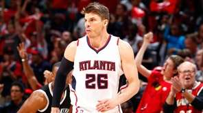 Kyle Korver #26 of the Atlanta Hawks reacts
