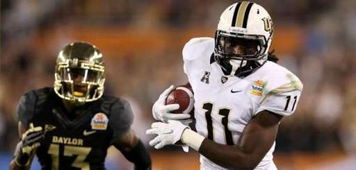 Breshad Perriman of the UCF Knights catches a