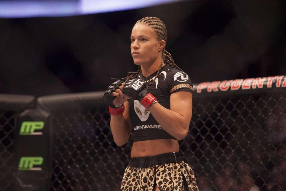 Felice Herrig prepares to fight Paige VanZant in
