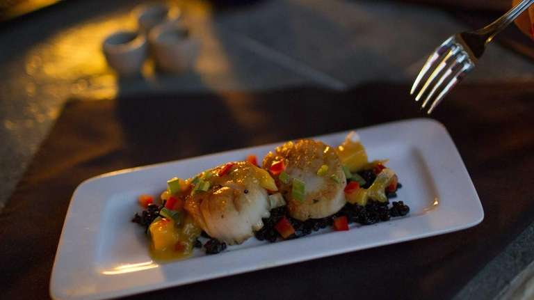 Seared sea scallops at Blend Wine & Tapas