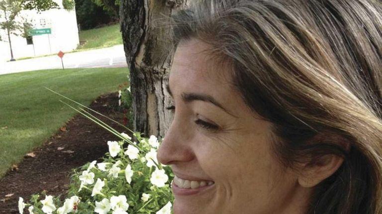 Elizabeth Kiem, author of