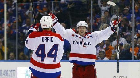 Nicklas Backstrom of the Washington Capitals celebrates his