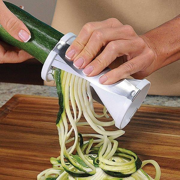 Veggetti spiral vegetable cutter cuts zucchini and other