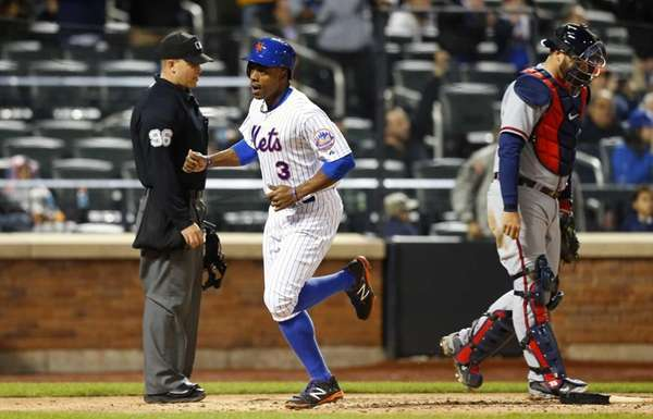 Curtis Granderson of the New York Mets scores