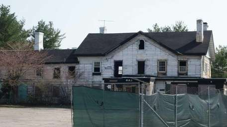 Renovations being made to the Maine Maid Inn