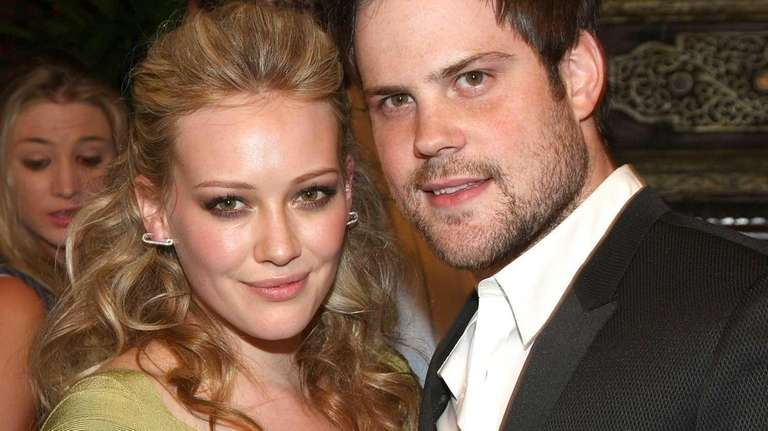 Actress Hilary Duff and NHL player Mike Comrie