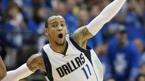 The Dallas Mavericks' Monta Ellis (11) runs past