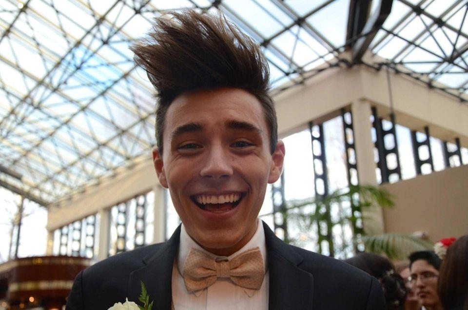 Farmingdale High School Junior Prom Pictures Newsday