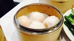 Shrimp dumplings highlight dim sum at Orient Odyssey