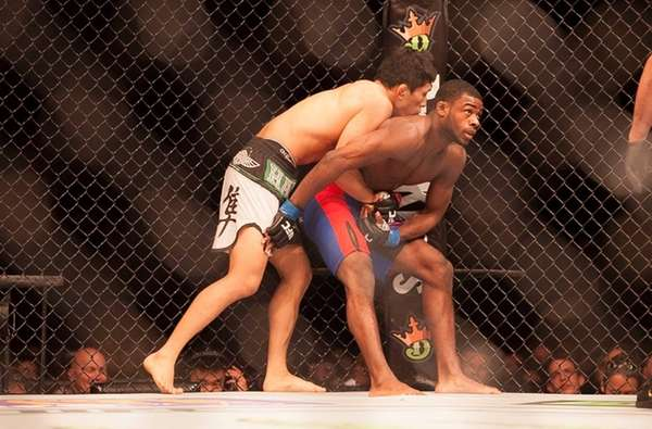 Aljamain Sterling, from Uniondale, submitted bantamweight Takeya Mizugaki