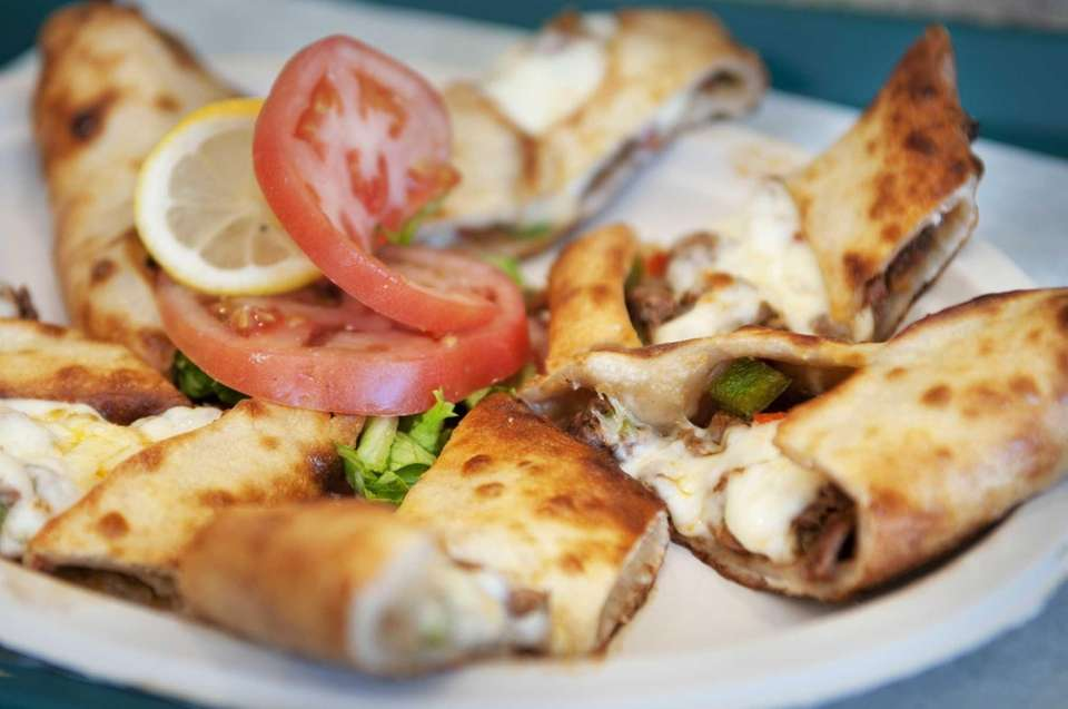 Pide with lamb and cheese at the former