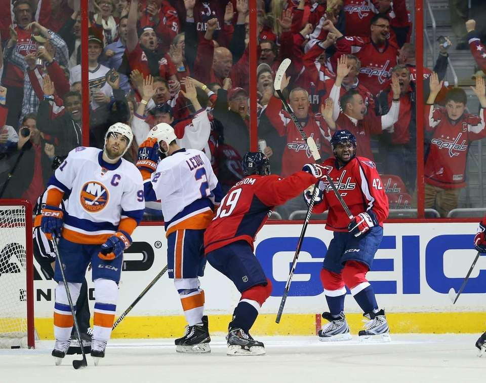 Joel Ward #42 of the Washington Capitals celebrates