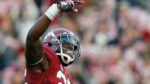 Alabama defensive back Landon Collins celebrates during a