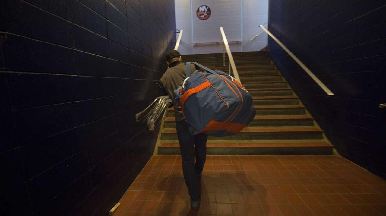 Leaving LI: Isles' last season at Nassau Coliseum