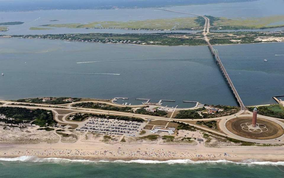 Tens of thousands flocked to Robert Moses Beach