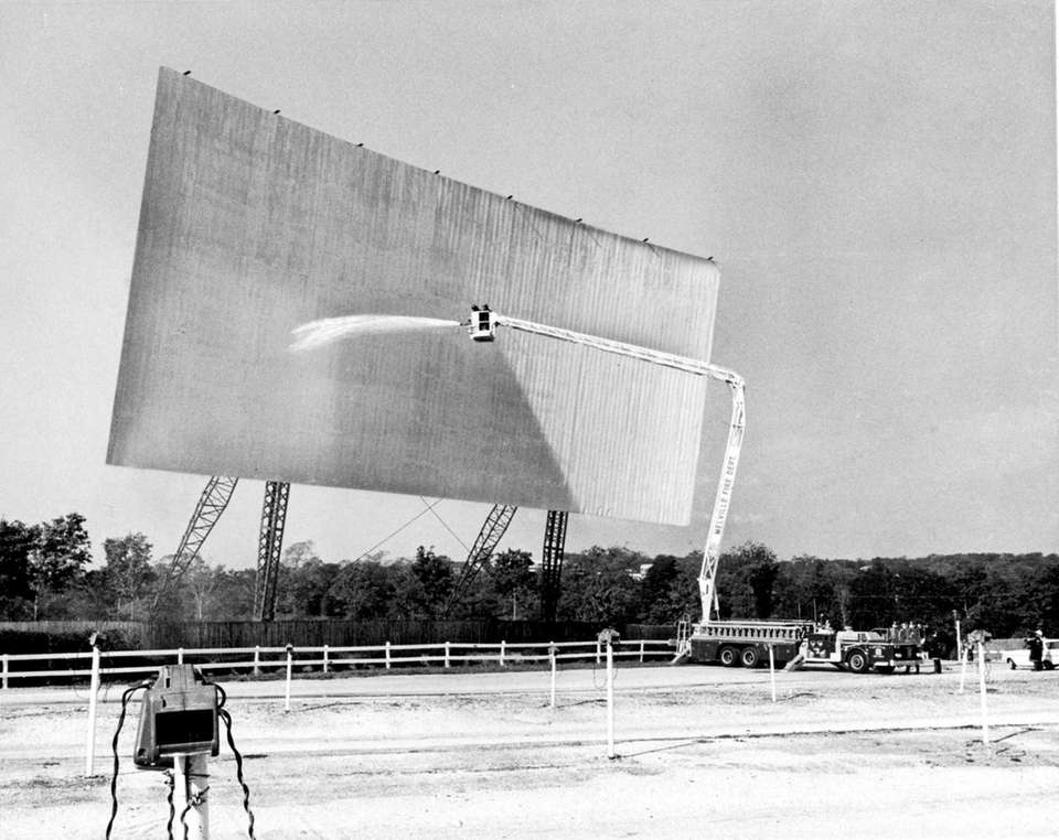 Melville's 110 Drive-In, pictured on Oct. 19, 1969.