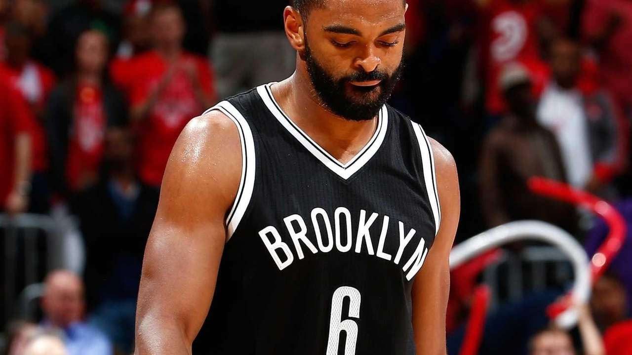 Alan Anderson of the Brooklyn Nets reacts after