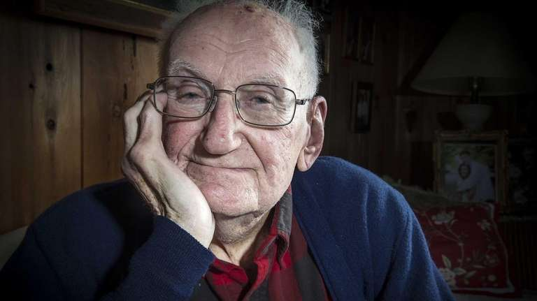 World War II veteran Irving Greger at his