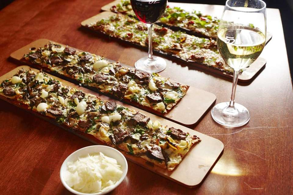 Seasons 52, Garden City: At this calorie-counting national
