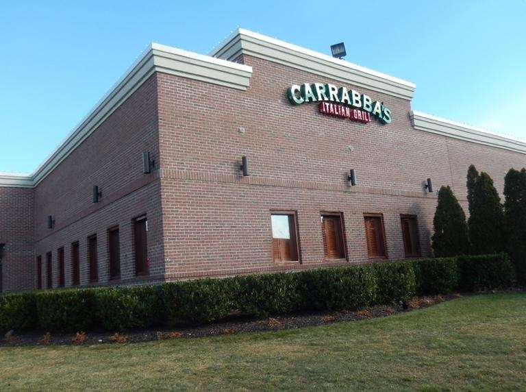 Moms who dine at Carrabba's Italian Grill for