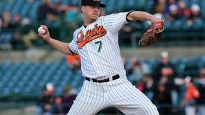 Long Island Ducks starting pitcher John Brownell delivers