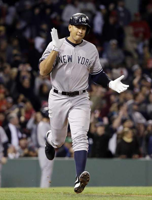 New York Yankees pinch hitter Alex Rodriguez runs