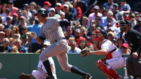 Alex Rodriguez grounds out against the Boston Red