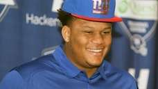 Giants first-round draft pick Ereck Flowers meets the