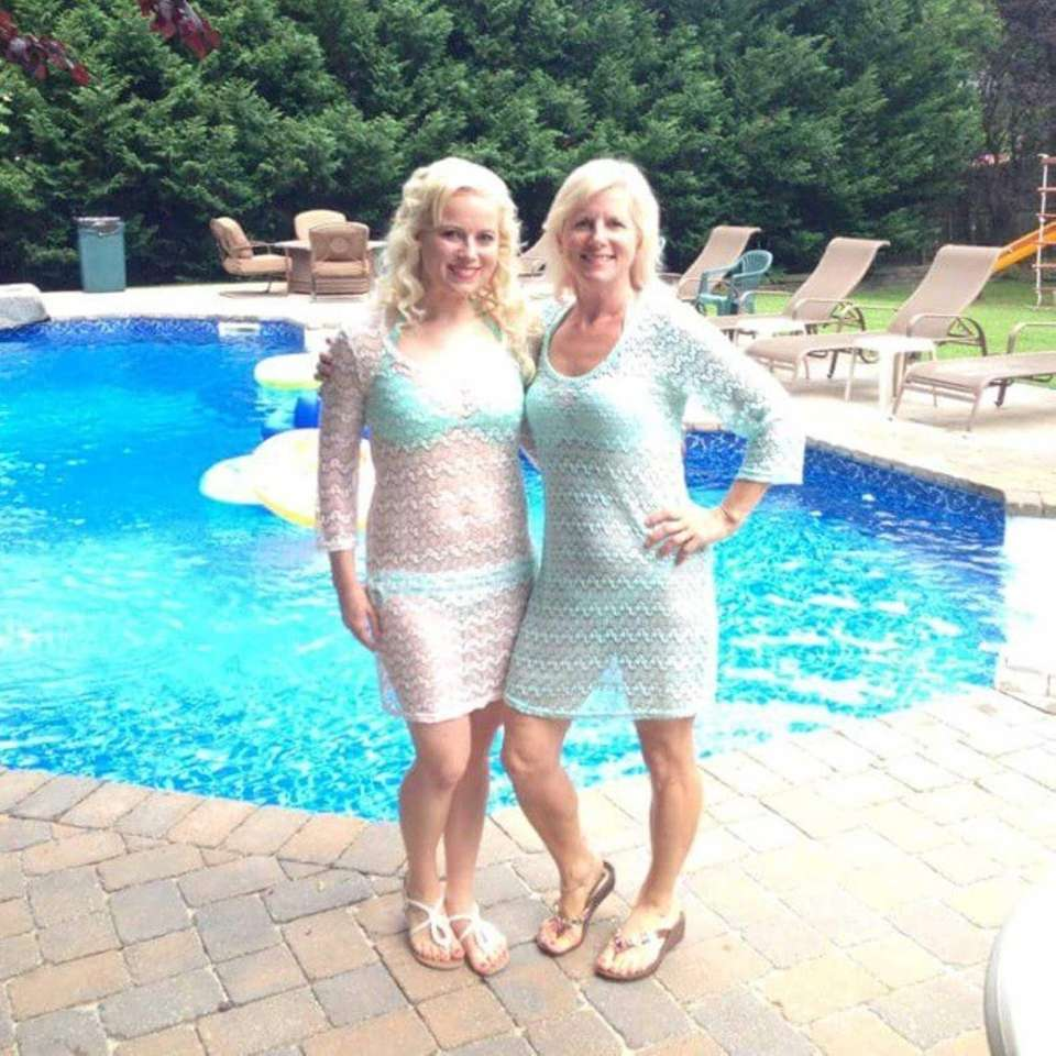 Mother's Day Long Island look-alike contest?ü�? #newsday #mothersday