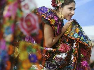 Cinco de Mayo festivals that feature costumed dancers,