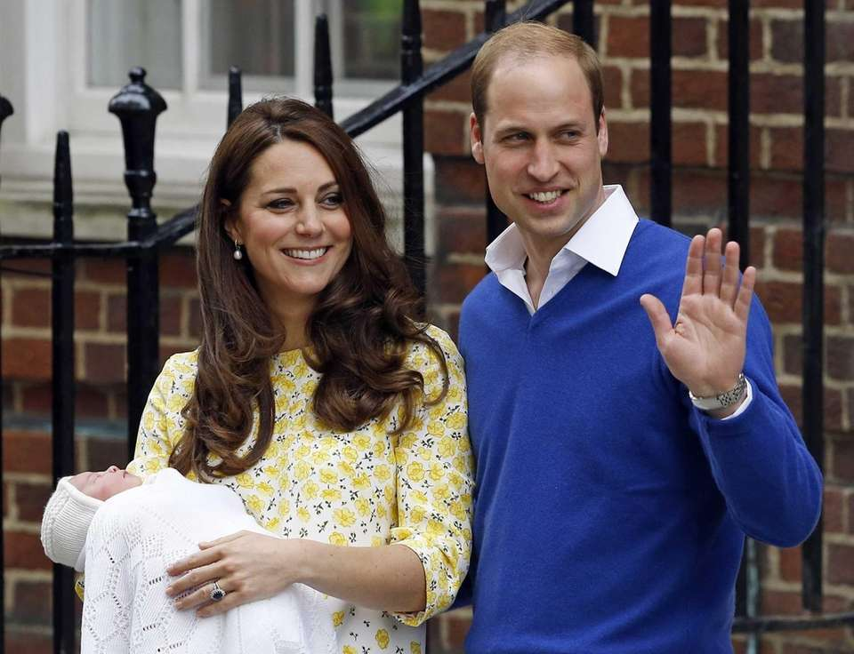 Prince William and Kate leave St. Mary's Hospital's