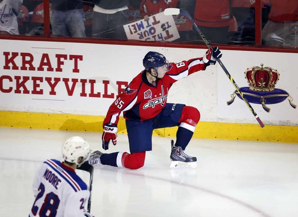 Washington Capitals left wing Andre Burakovsky celebrates his