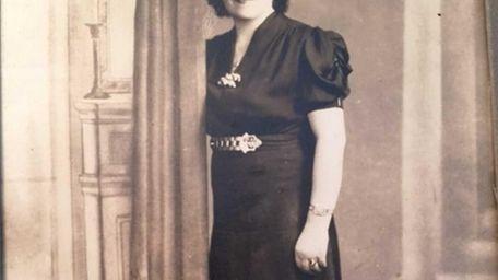 Bertha Nadel, mother of Lillian Lippman of Merrick,