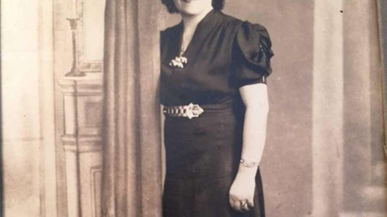 Bertha Nadel, mother of Lillian Lippman of Merrick,