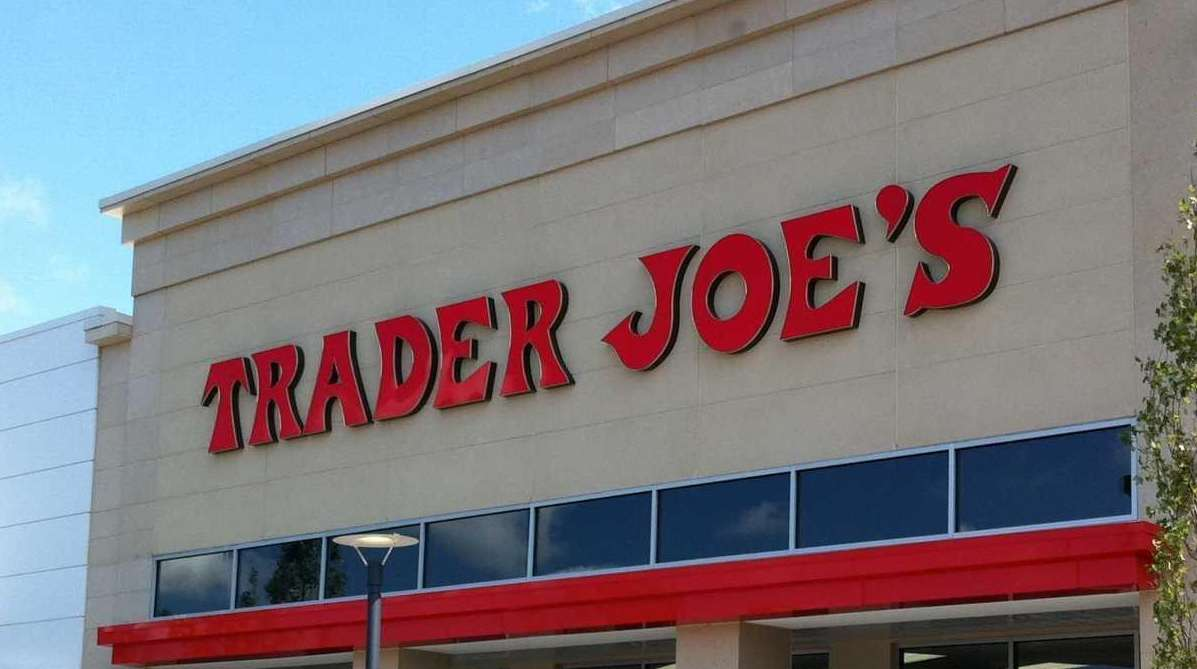 A third of waldbaums pathmarks remain vacant on long island newsday trader joes placed highly in the latest supermarket falaconquin