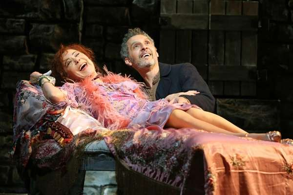 Zoe Wanamaker and John Turturro IN