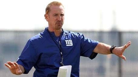 Giants defensive coordinator Steve Spagnuolo is seen during