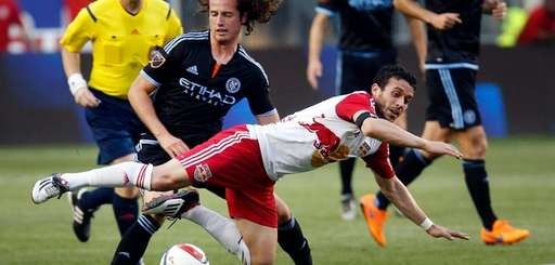 New York City FC's Mix Diskerud battles with